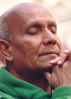Sri Chinmoy in tiefer Meditation